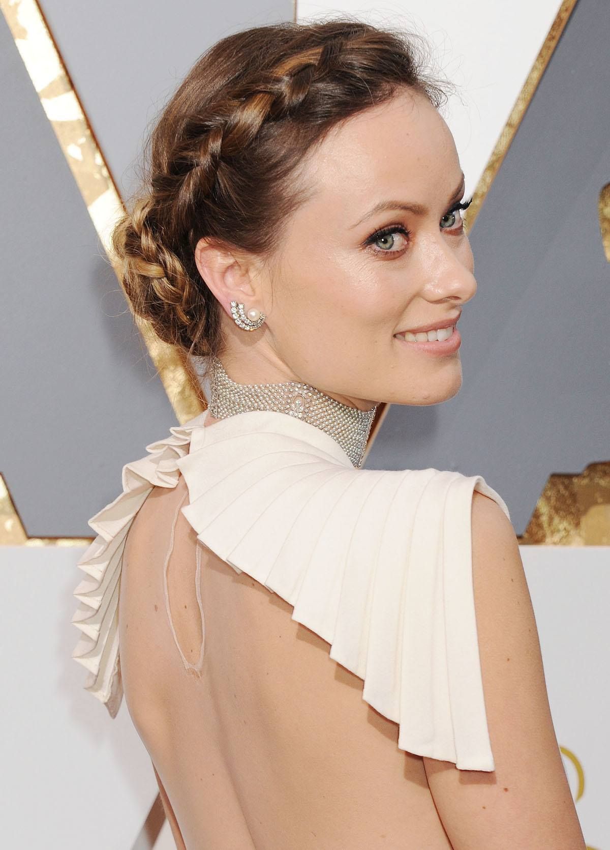 Gaya halo braid a la Olivia Wilde