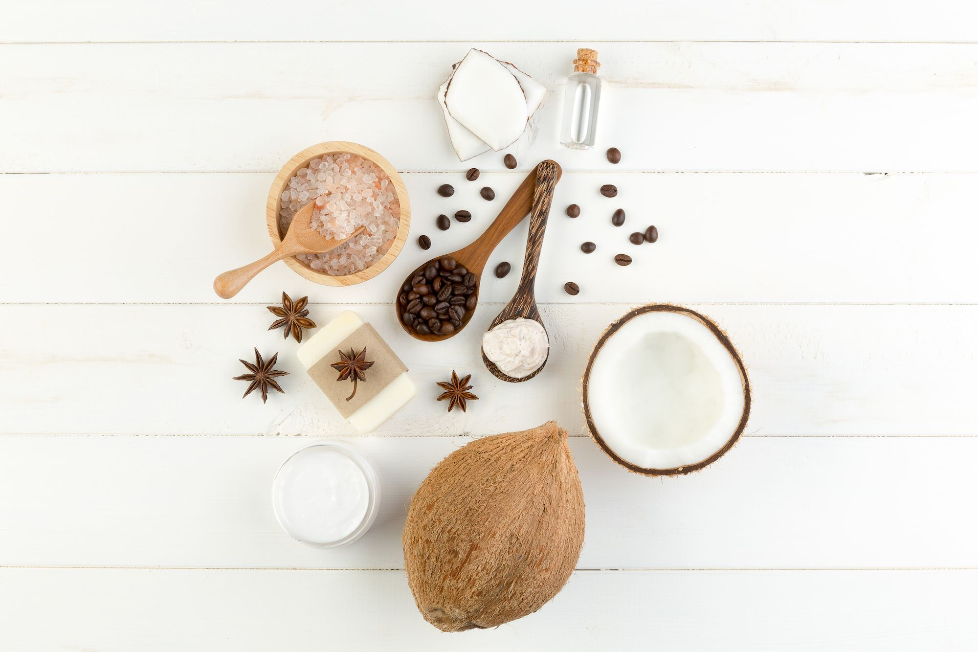 Bahan-bahan alami dari minyak kelapa