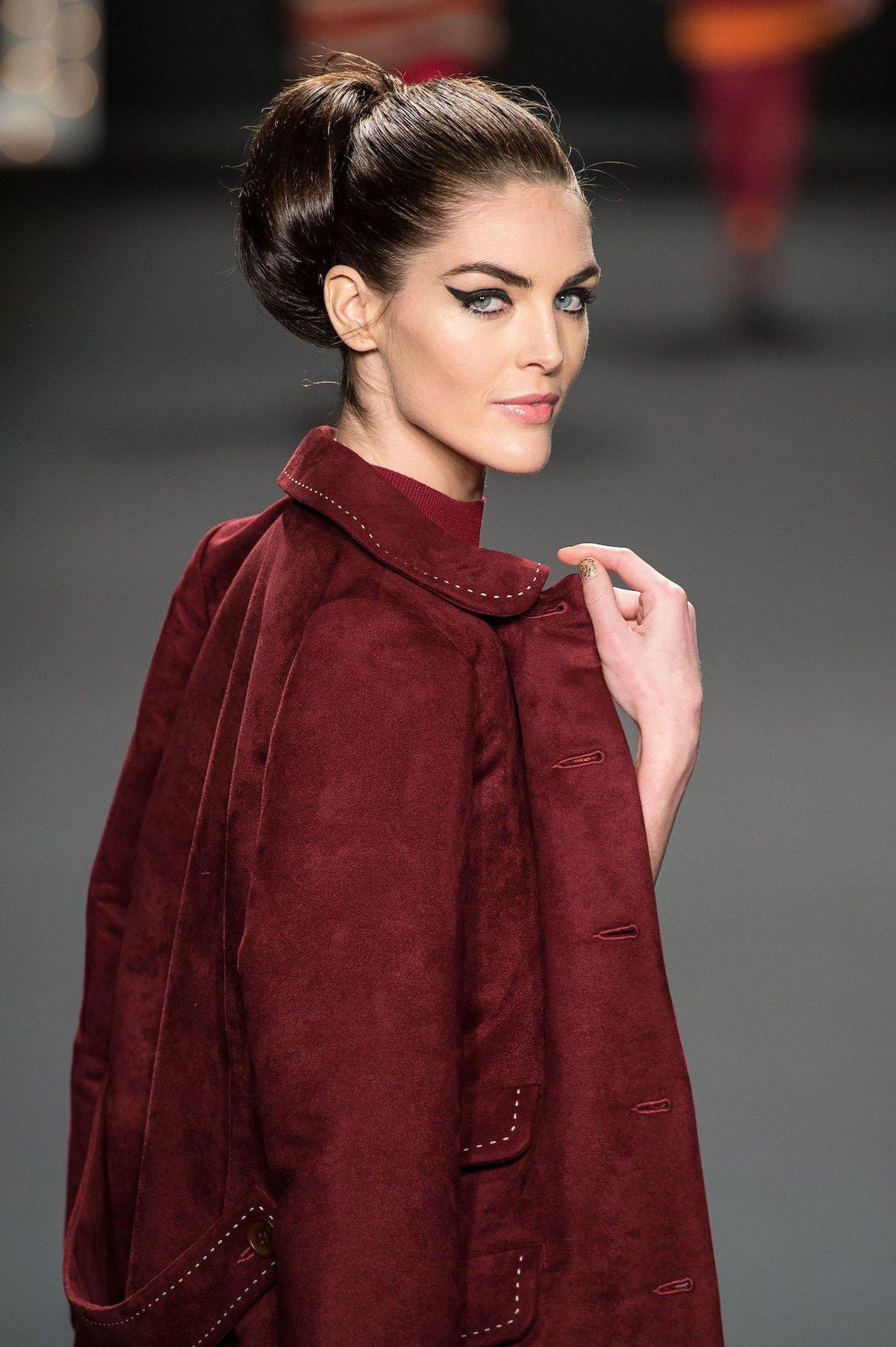 31 Inspirasi Model Rambut Wisuda Untuk Semua Potongan Rambut All