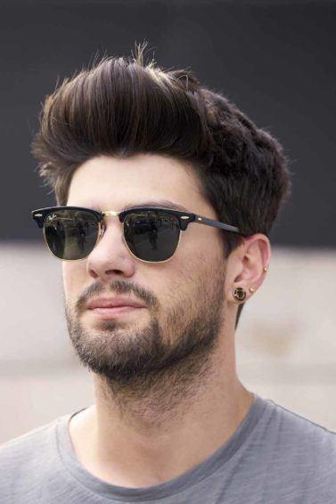12. pria kaukasia dengan model rambut pria wajah bulat bervolume