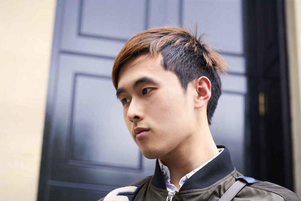5. pria asia dengan model rambut pria wajah bulat undercut dan layer