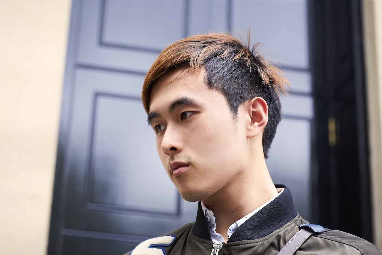 Pria asia dengan model rambut pria wajah bulat undercut dan layer