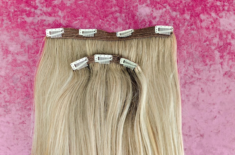 Rambut sambungan jenis cllip-on