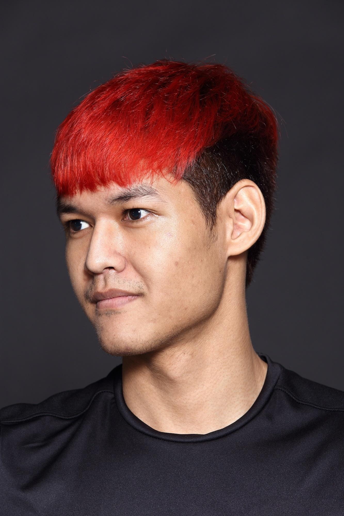 Trend warna rambut pria 2018 warna rambut merah.