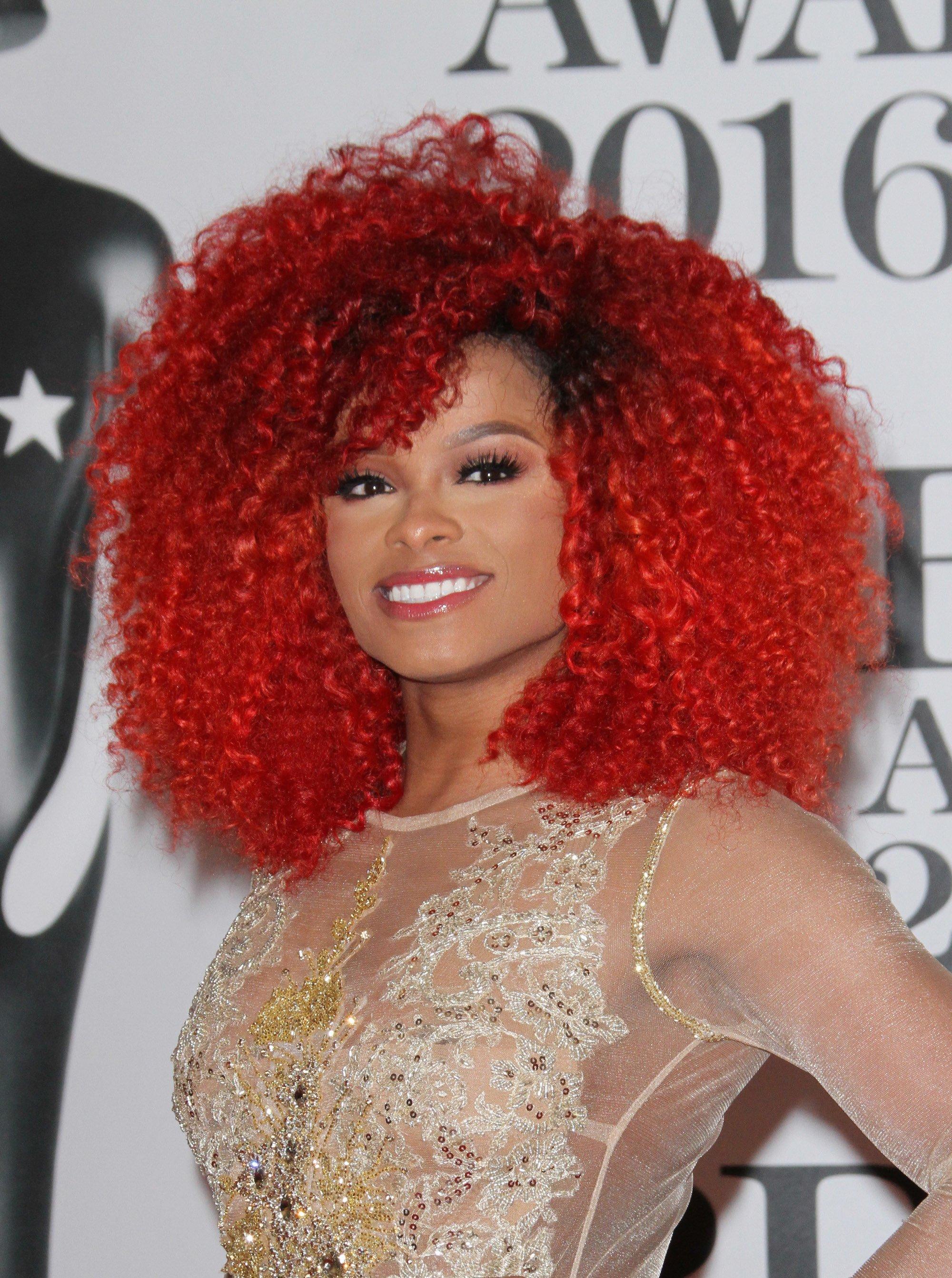 warna rambut merah