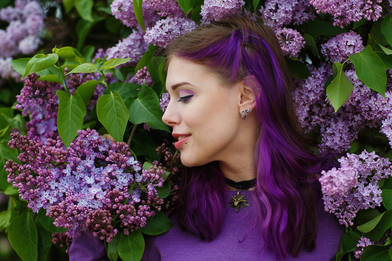 warna rambut ungu highlight