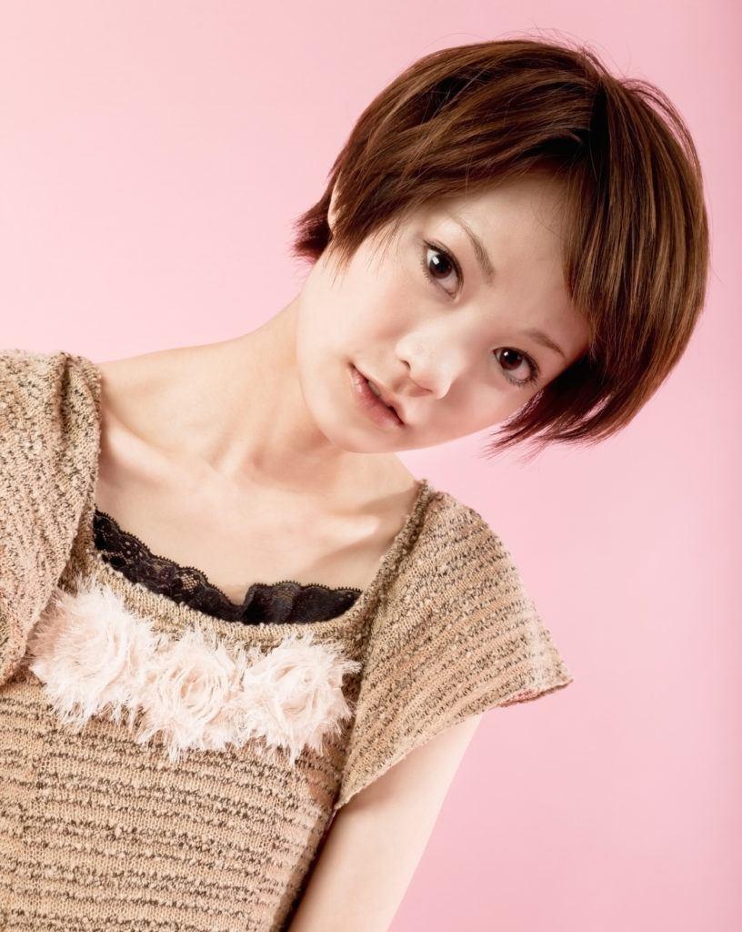 13 Trend model rambut pendek lurus untuk wanita - All ...