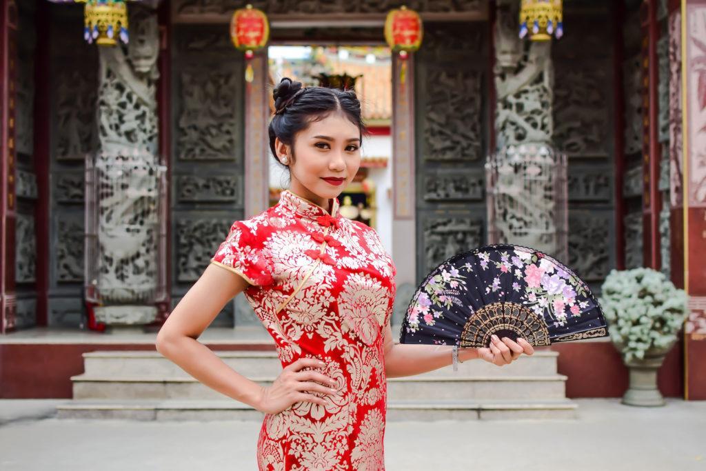 Gaya rambut Imlek Tahun Baru Cina 2018 - Braided space bun