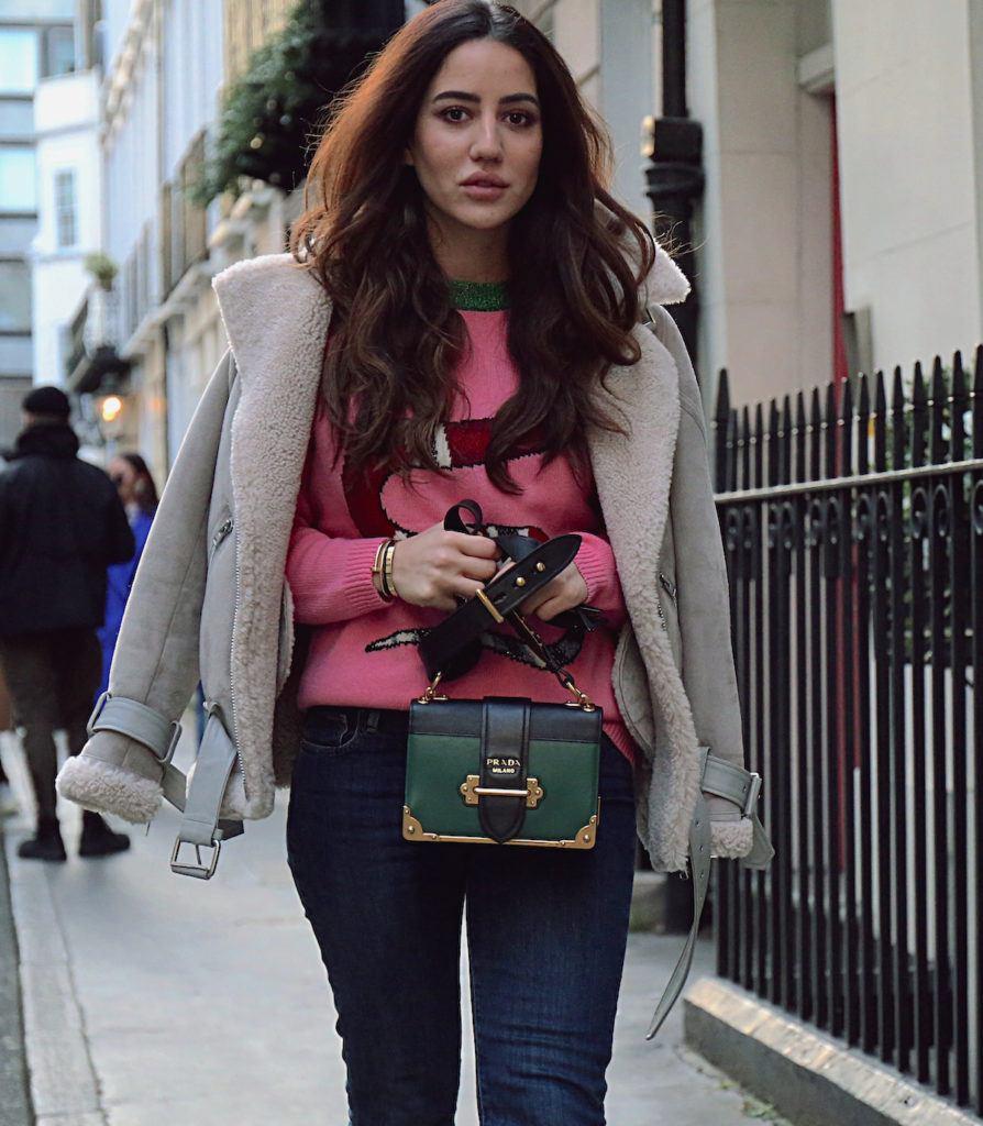 trend rambut keriting di london fashion week 2018