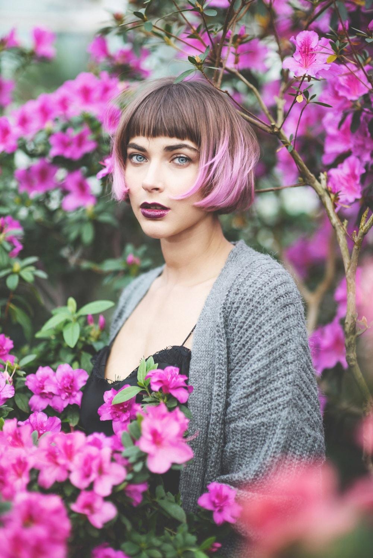 Cokelat dan pink rambut dua warna.