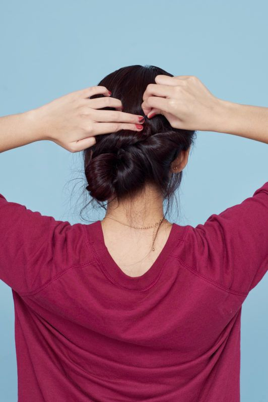 Step 6 - gaya rambut banana bun