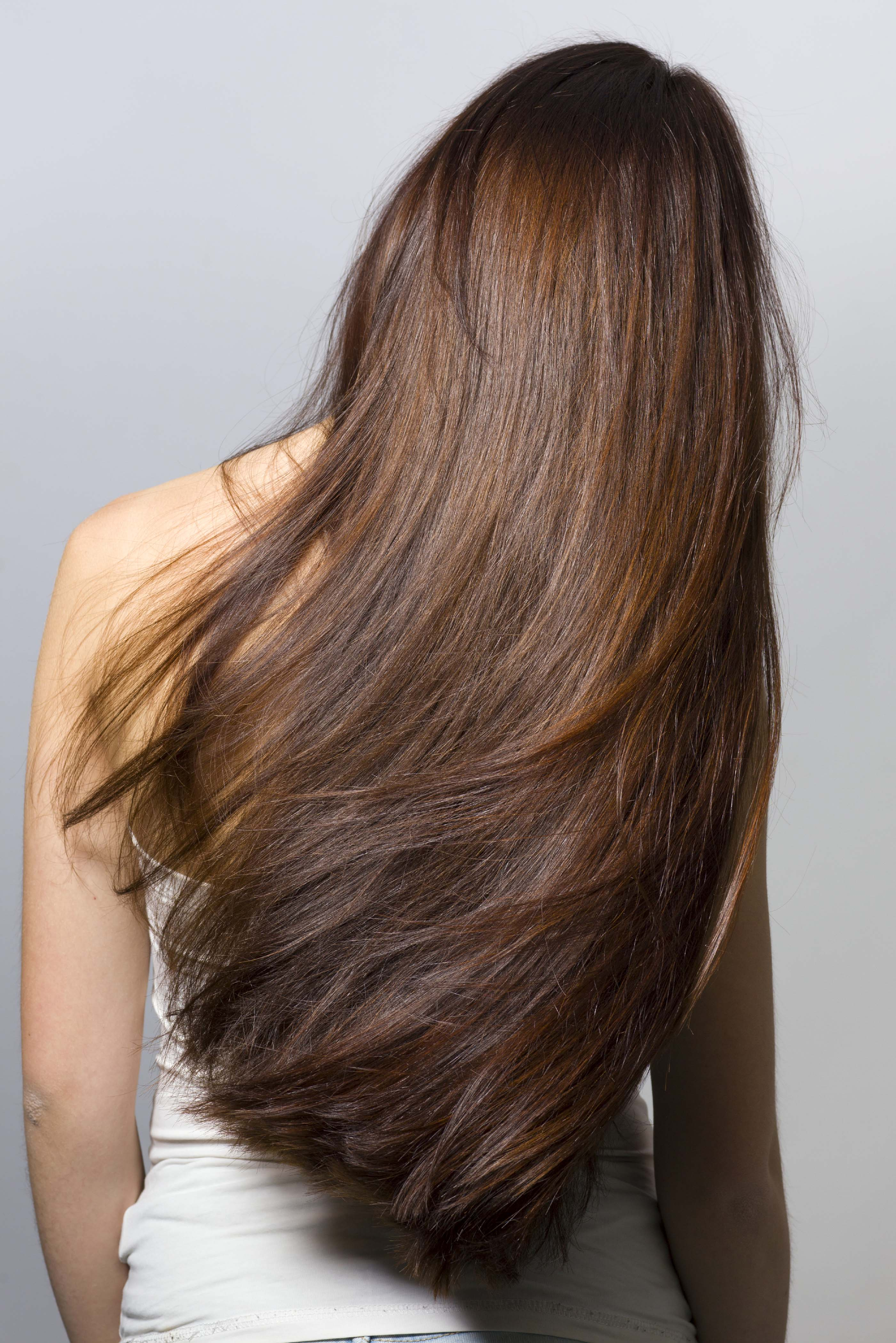 cabello largo sano color rojizo
