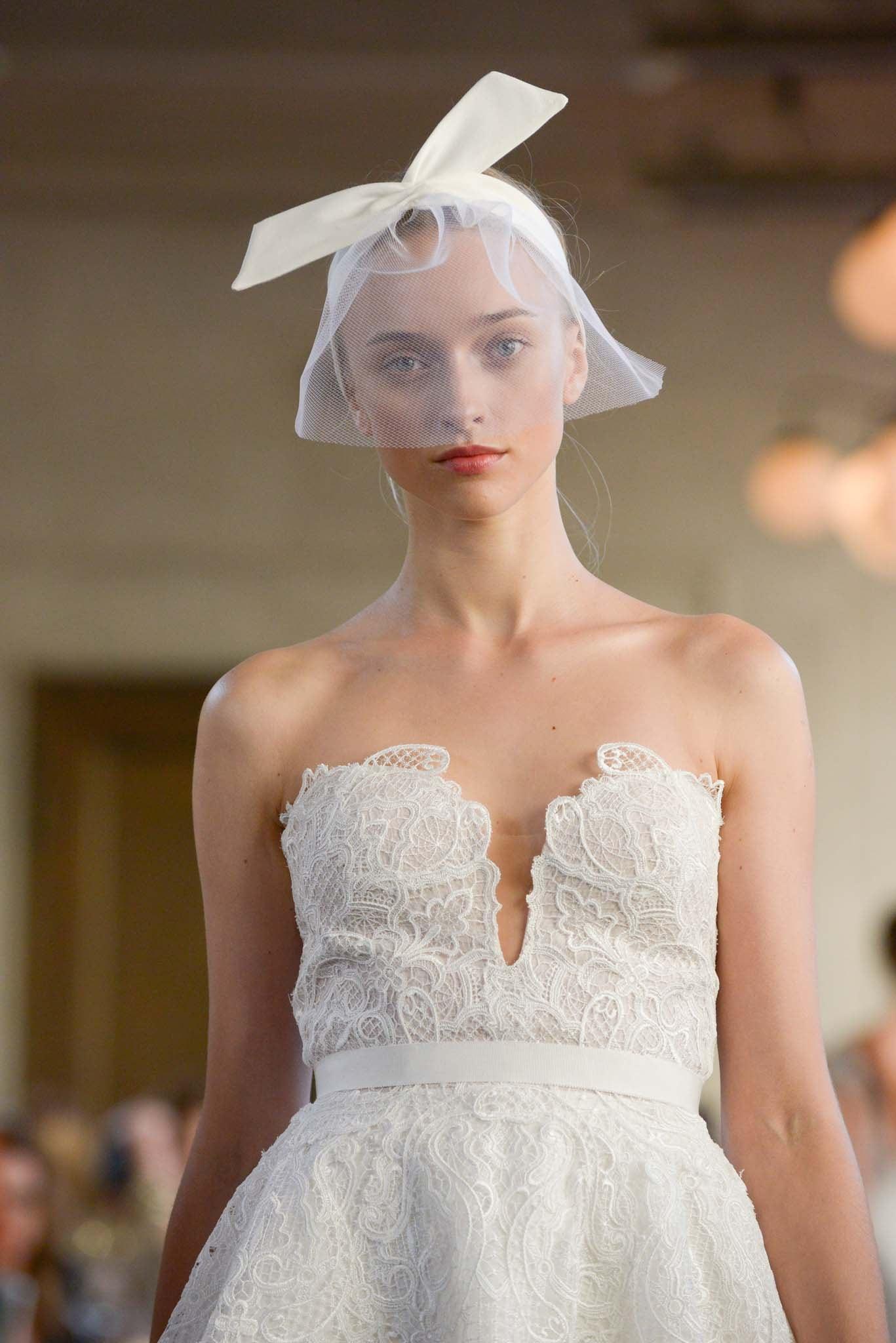 peinado para boda recogido con vincha maxi moño velo accesorio lela rose