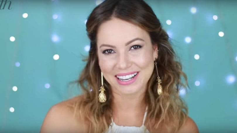 Ondas desarrumadas: Juliana Goes ensina como fazer o look