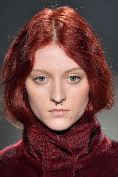modelo de cabelo para dentro com ruivo beterraba