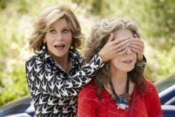 foto de penteados de grace and frankie 06