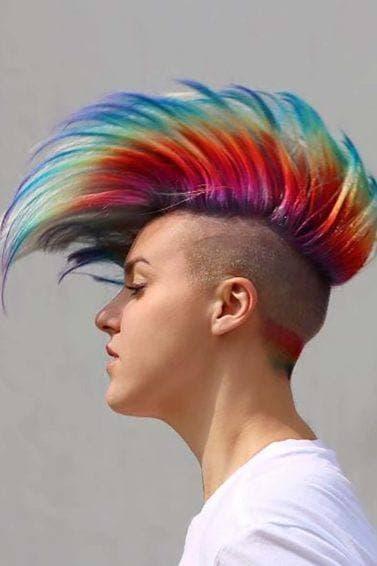 modelo de Rainbow prism hair