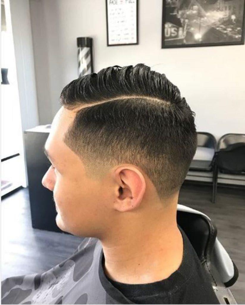 modelo de listras no cabelo