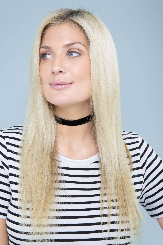 modelo de cabelo loiro platinado