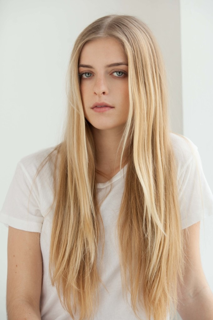 blonde long hair center part