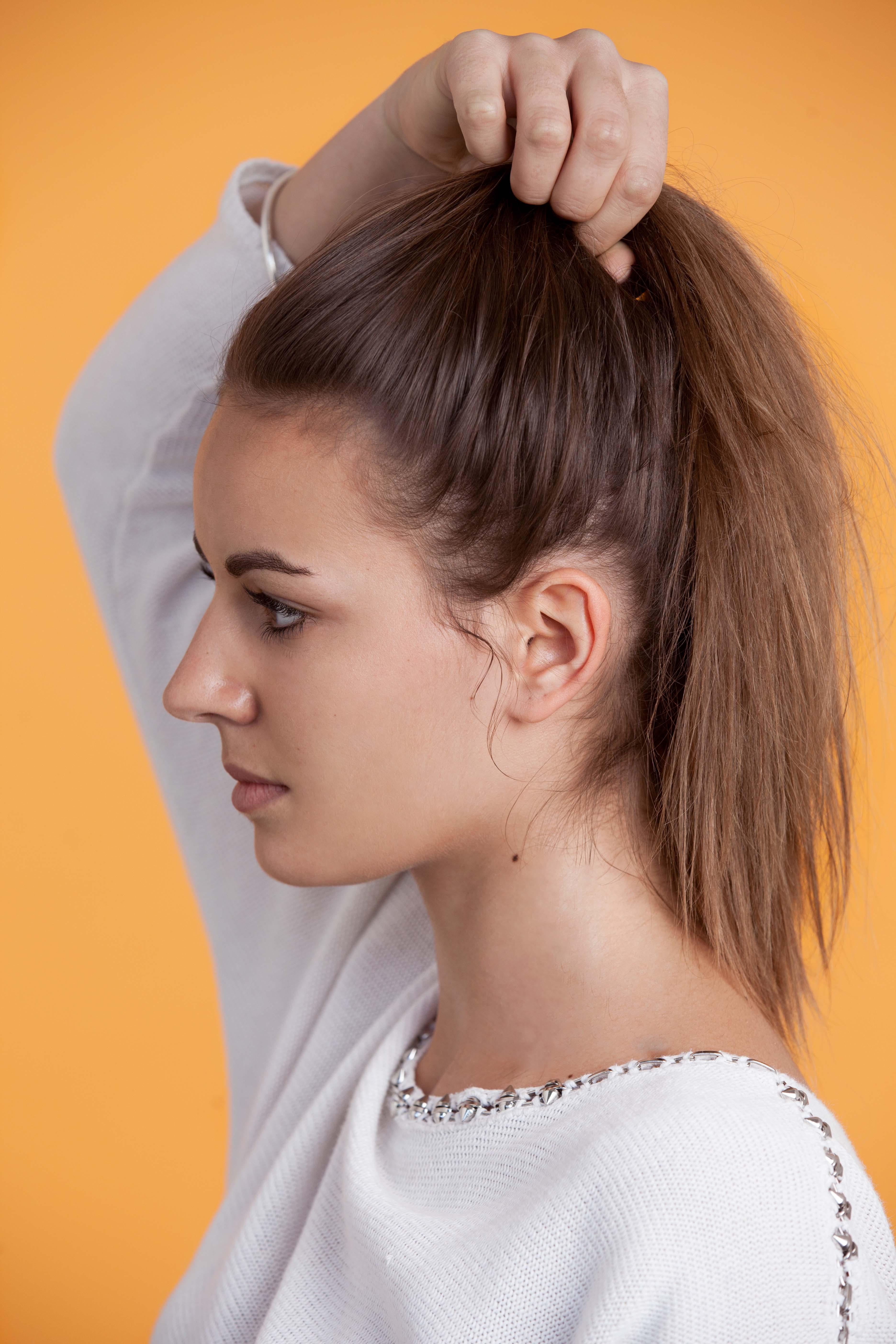 Tutorial How To Create A Messy Bun On Long Hair