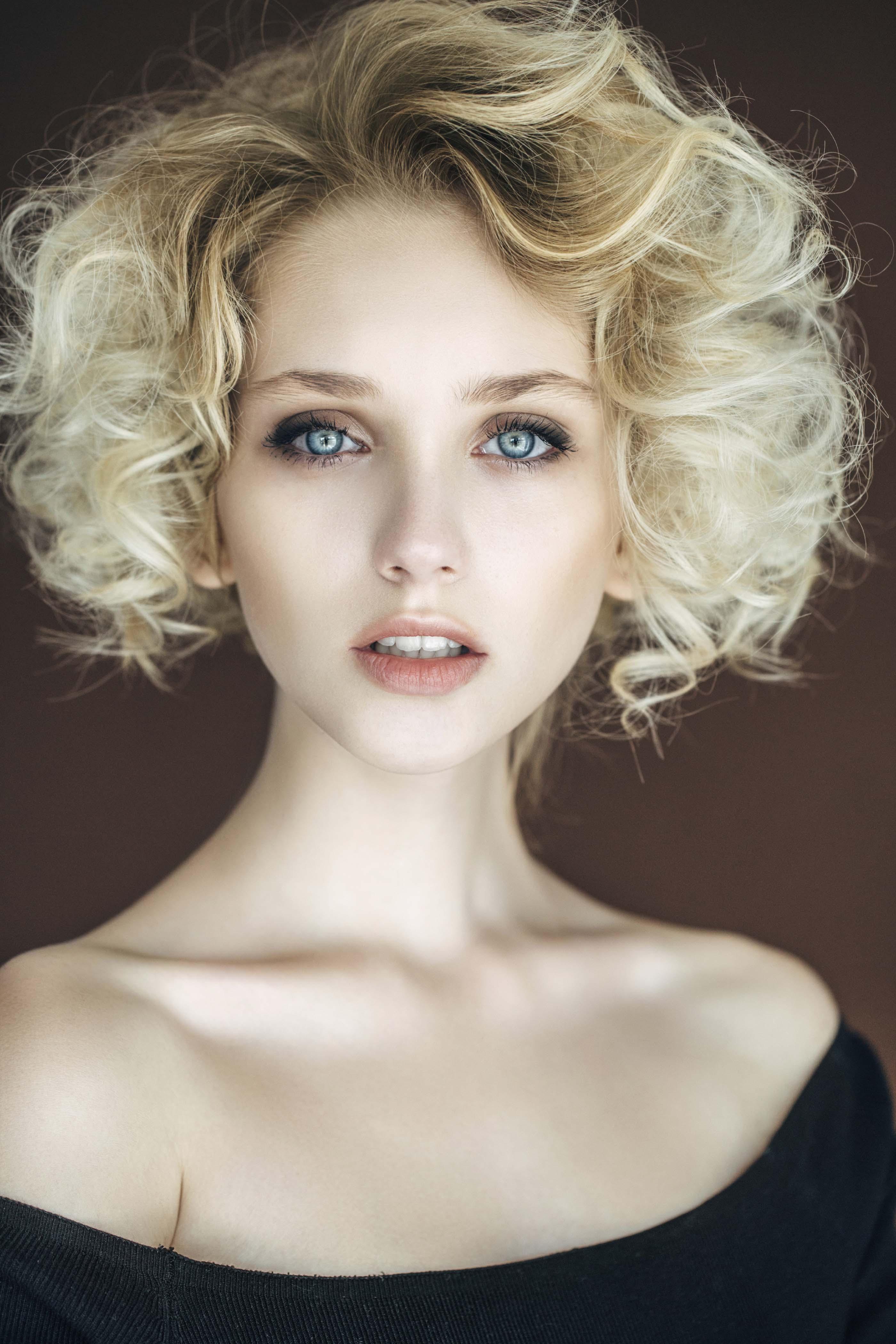 wedding hairstyles for short hair curls