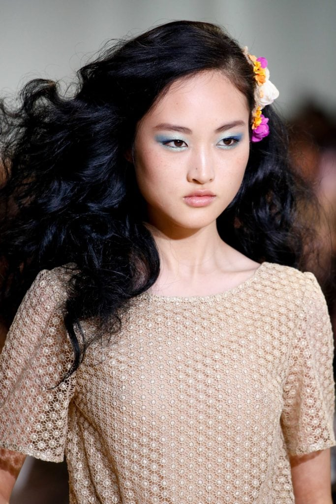 asian black curls with long hairstyles for round faces