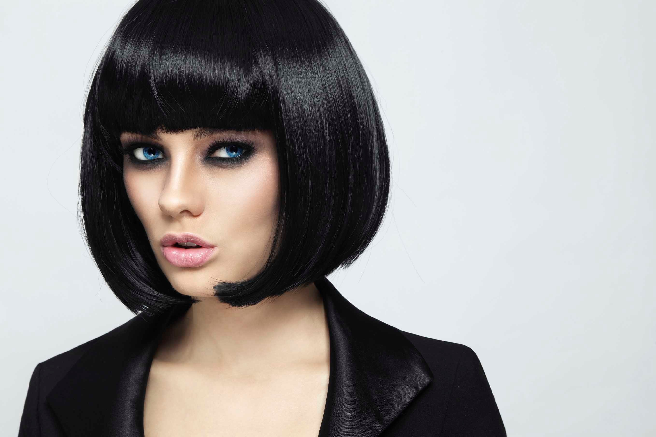 Bobbed Hair Styles: Concave Bob Haircut: How To Style The Perfect Rounded Bob