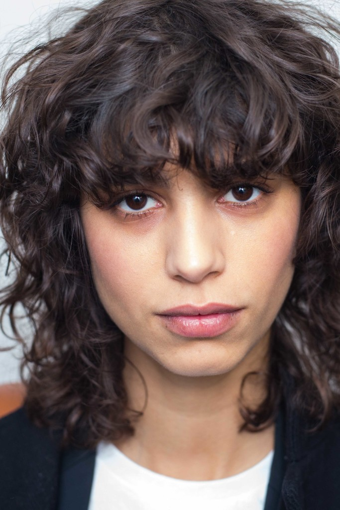 The Best Shoulder Length Hair Ideas For Curly Hair