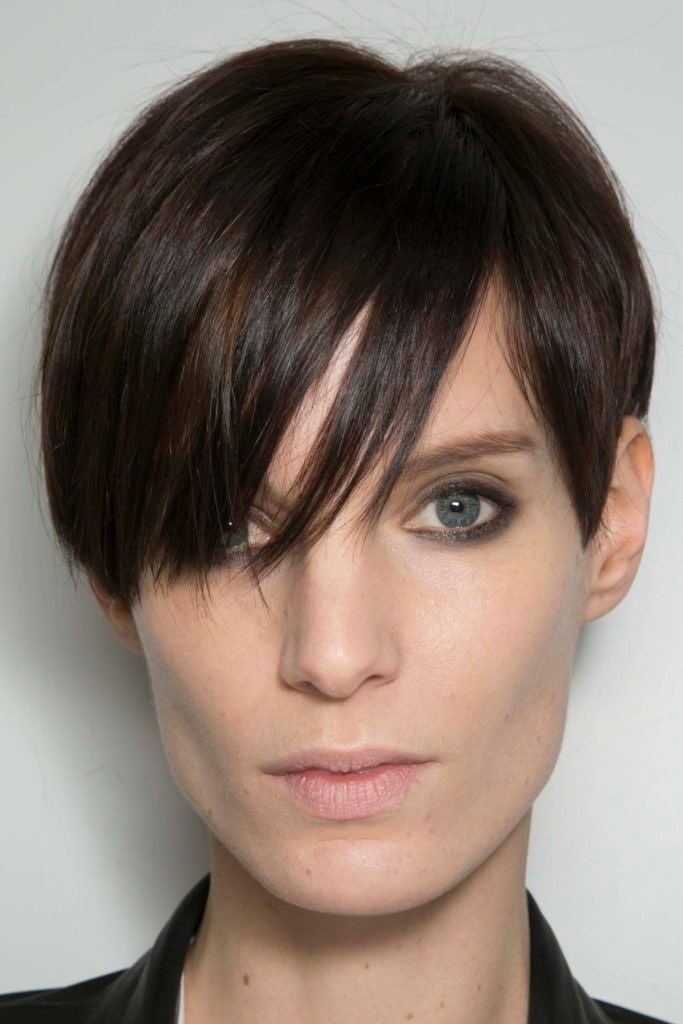 haircuts for square faces pixie cut