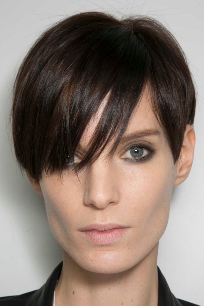 short hairstyles for long faces feminine boy cut