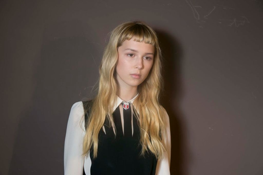 micro fringe long blonde hair
