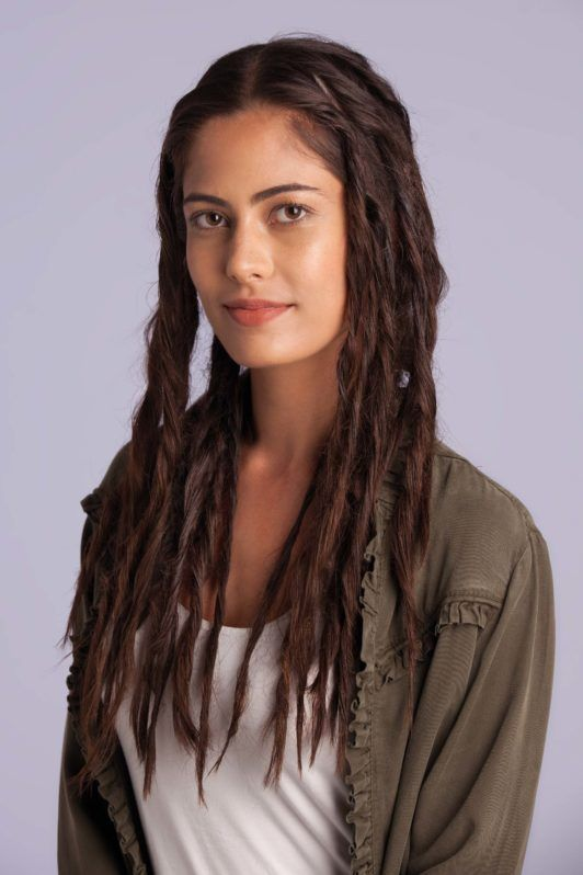 fake dreads - step 8 - woman with fake dreads