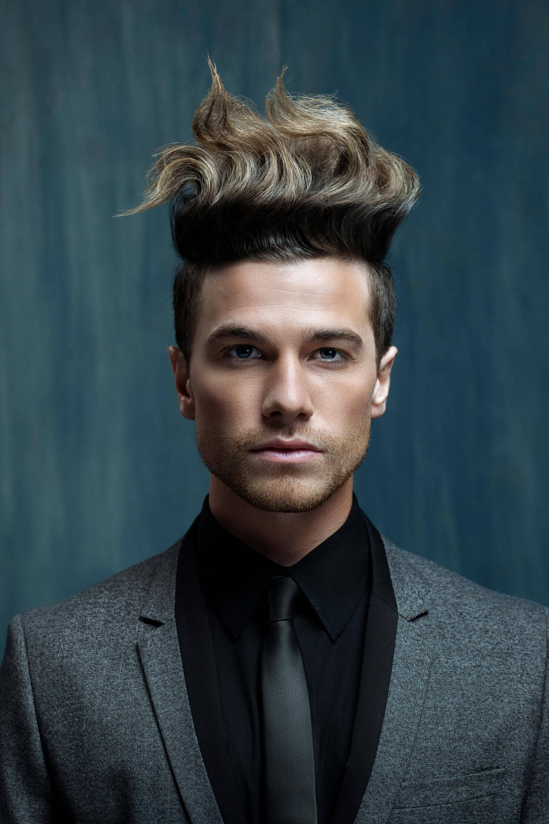 20 Best Quiff Haircuts to Try Right Now - EZHairstyle