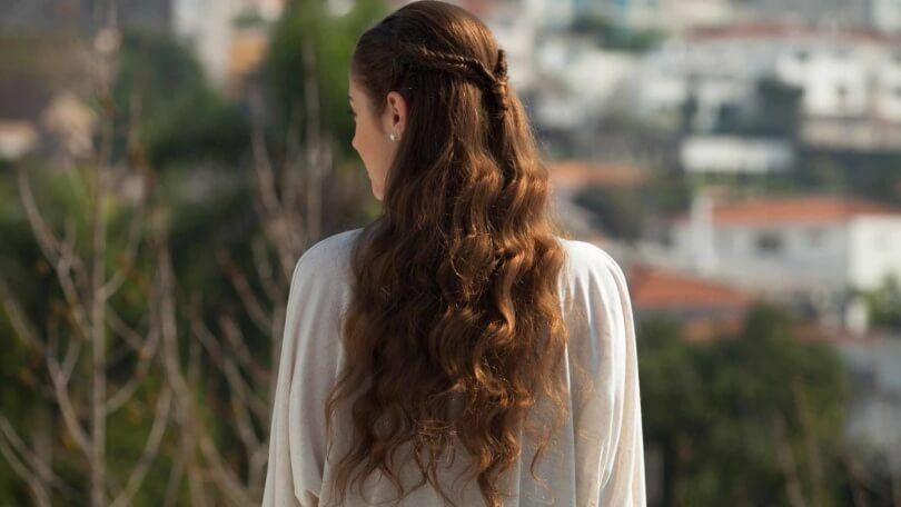 This half-up fishtail braid is gorgeous and can be created on almost any length hair