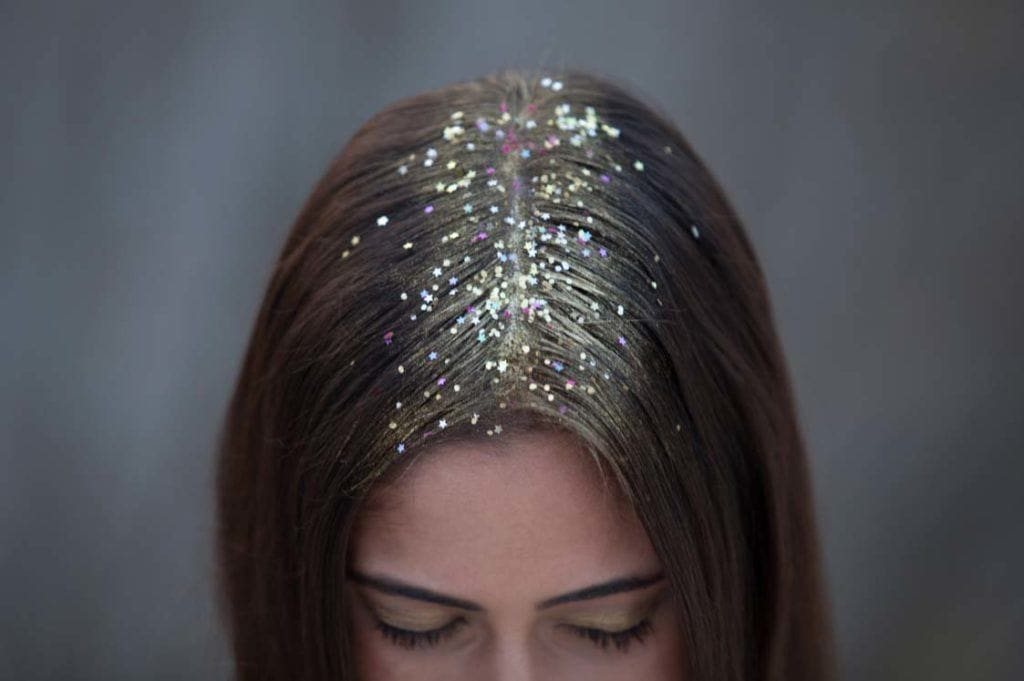 wedding guest hairstyles glitter roots