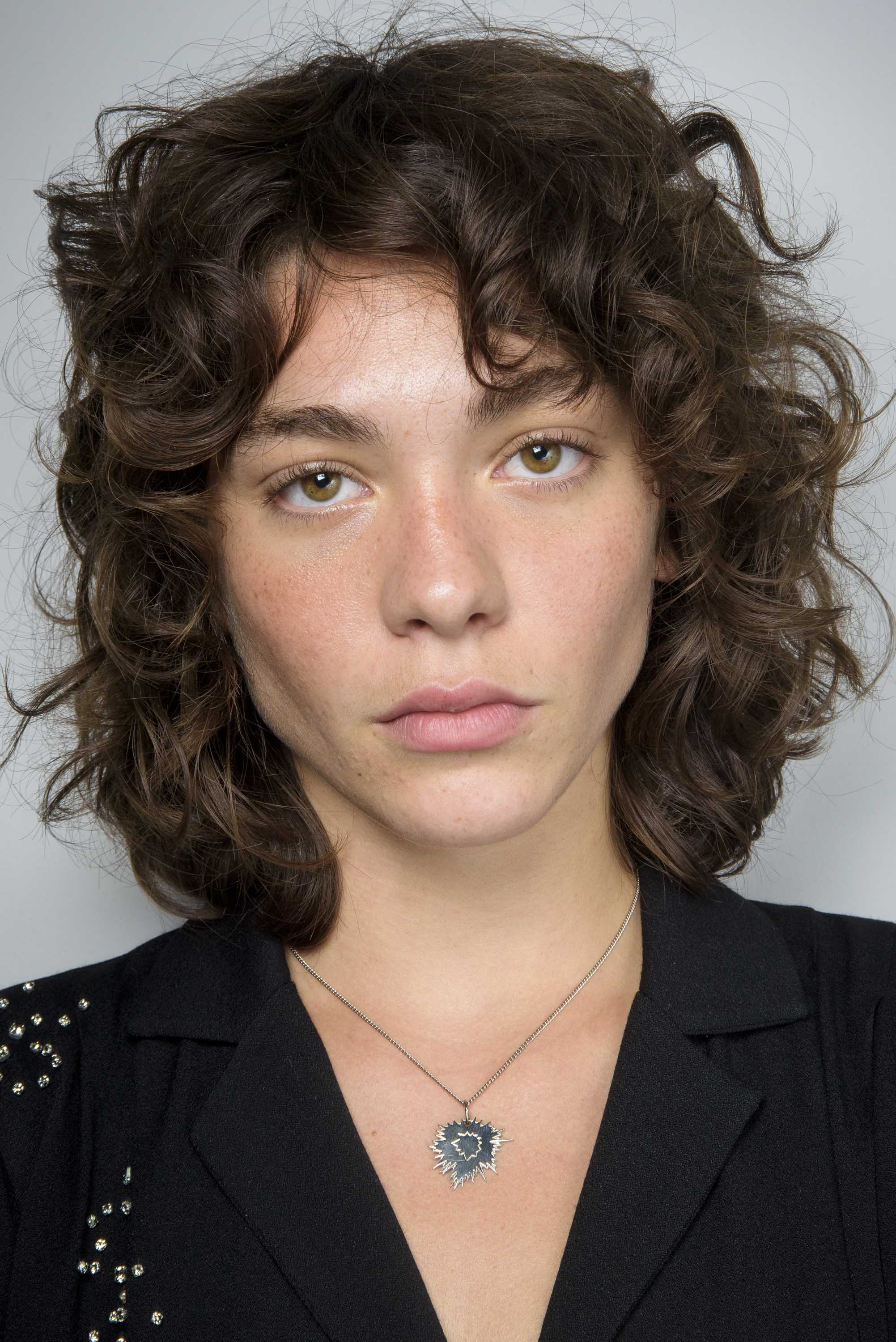 fall short hairstyles curly wispy shag brunette