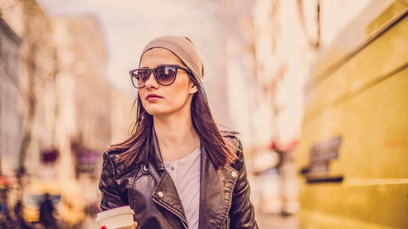 Shoulder Length Hairstyles: Chic Looks To Wear With a Beanie