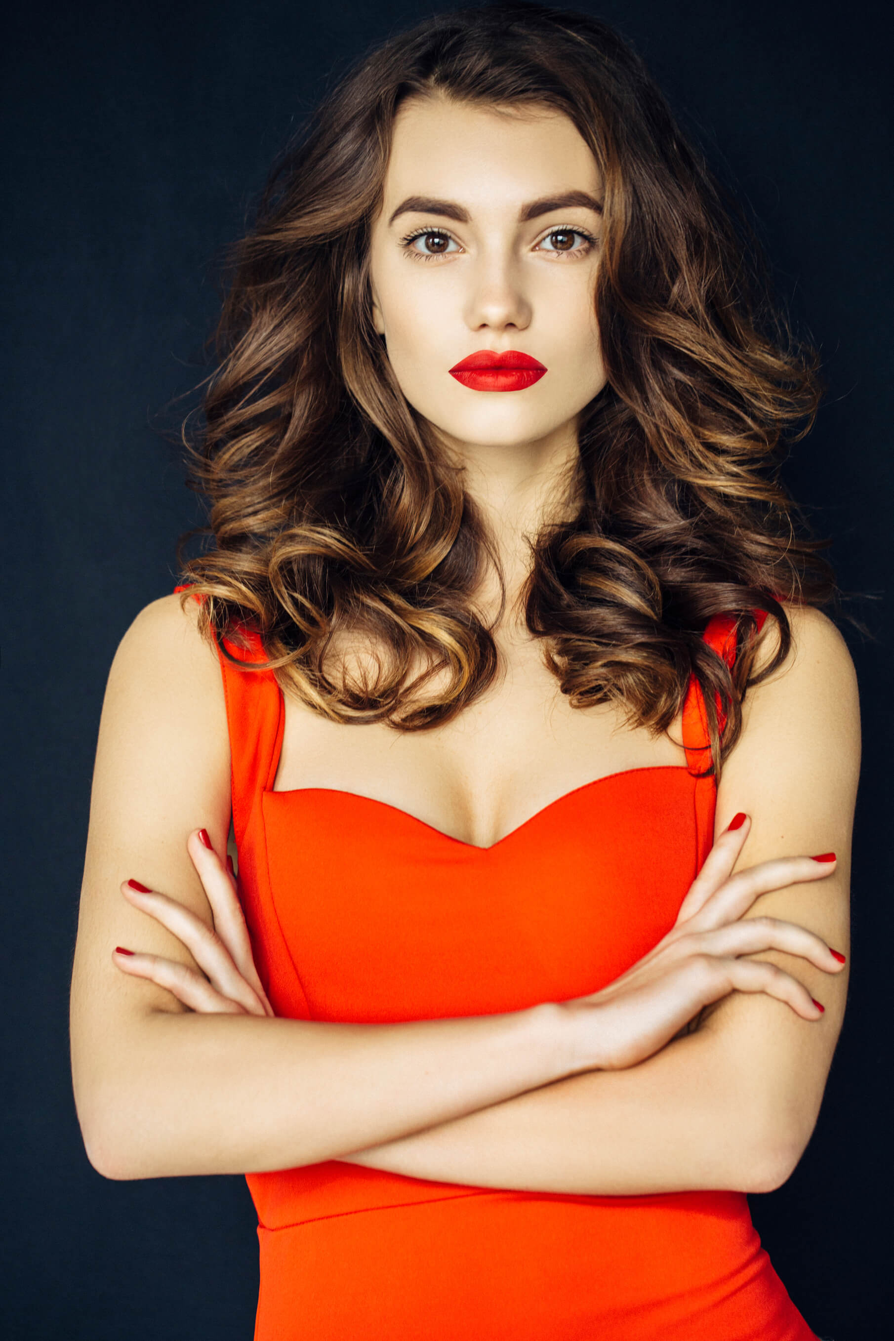 Curl That Lob How To Curl Medium Length Hair In 4 Different Ways