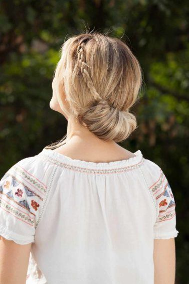Tutorial How To Make A Low Bun With A Crown