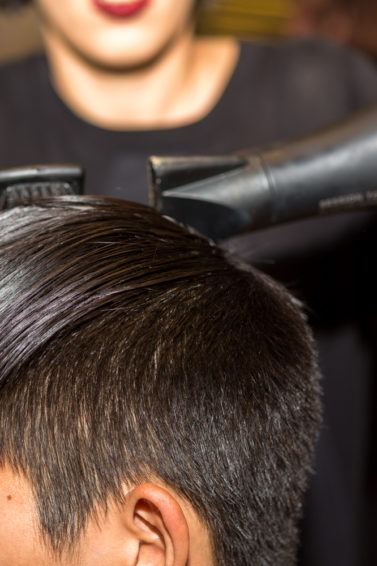 mens pompadour hairstyle blowdry smooth