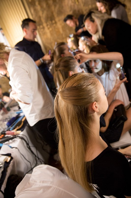 Carolina Herrera Ss17 Takes Origami Hair To Whole New Heights