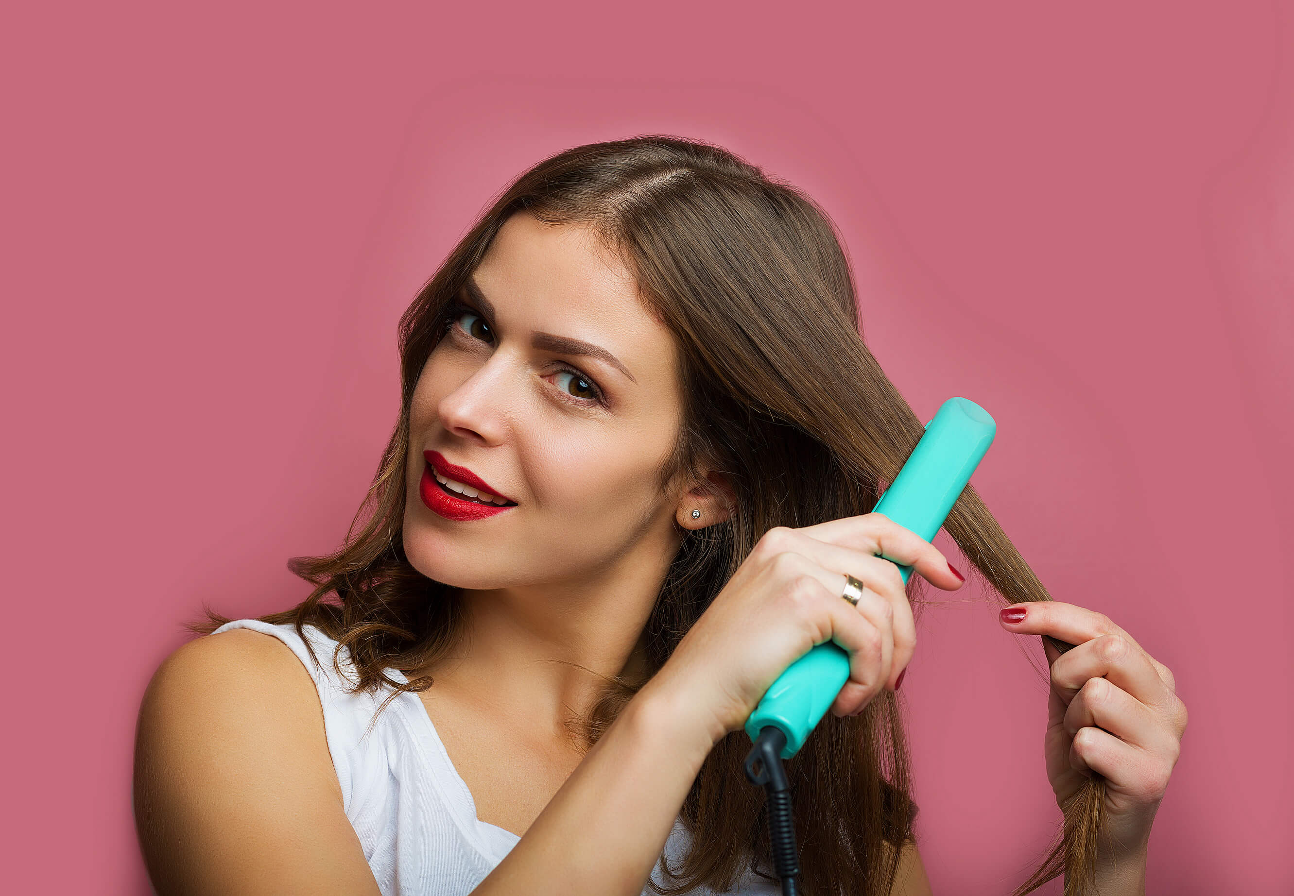 How To Straighten Hair Like a Pro with a Flat Iron