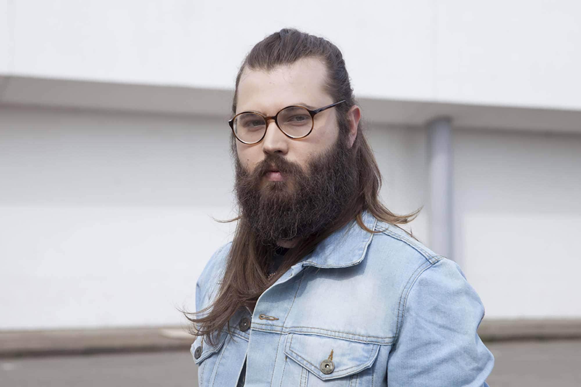 haircuts for movember long beard
