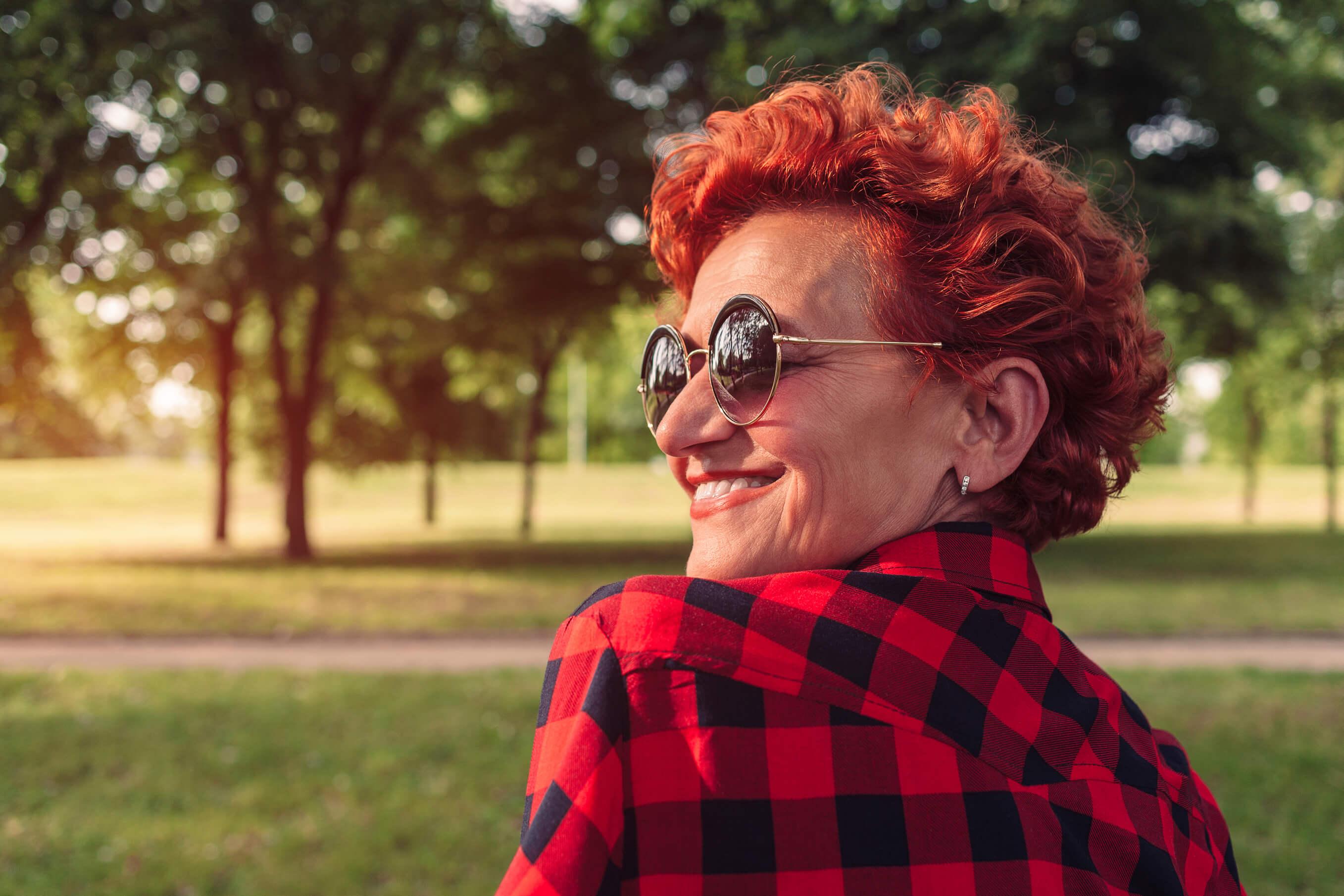 6 Stylish Short Hairstyles For Older Women-1232