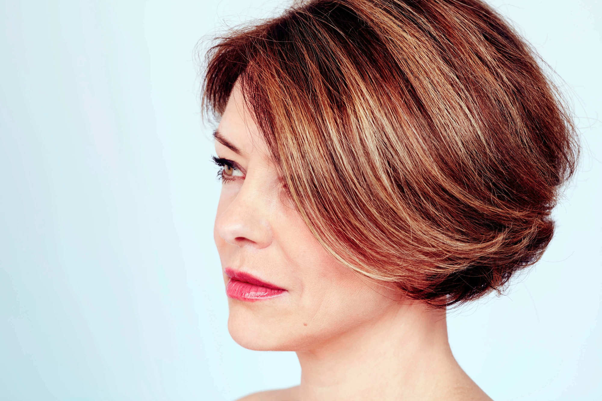 short haircuts for women over 40 red bob
