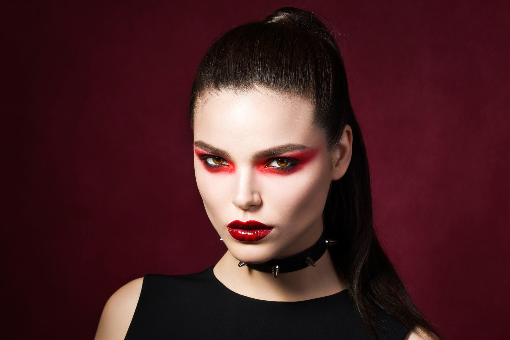 vampire hairstyles high ponytail brunette