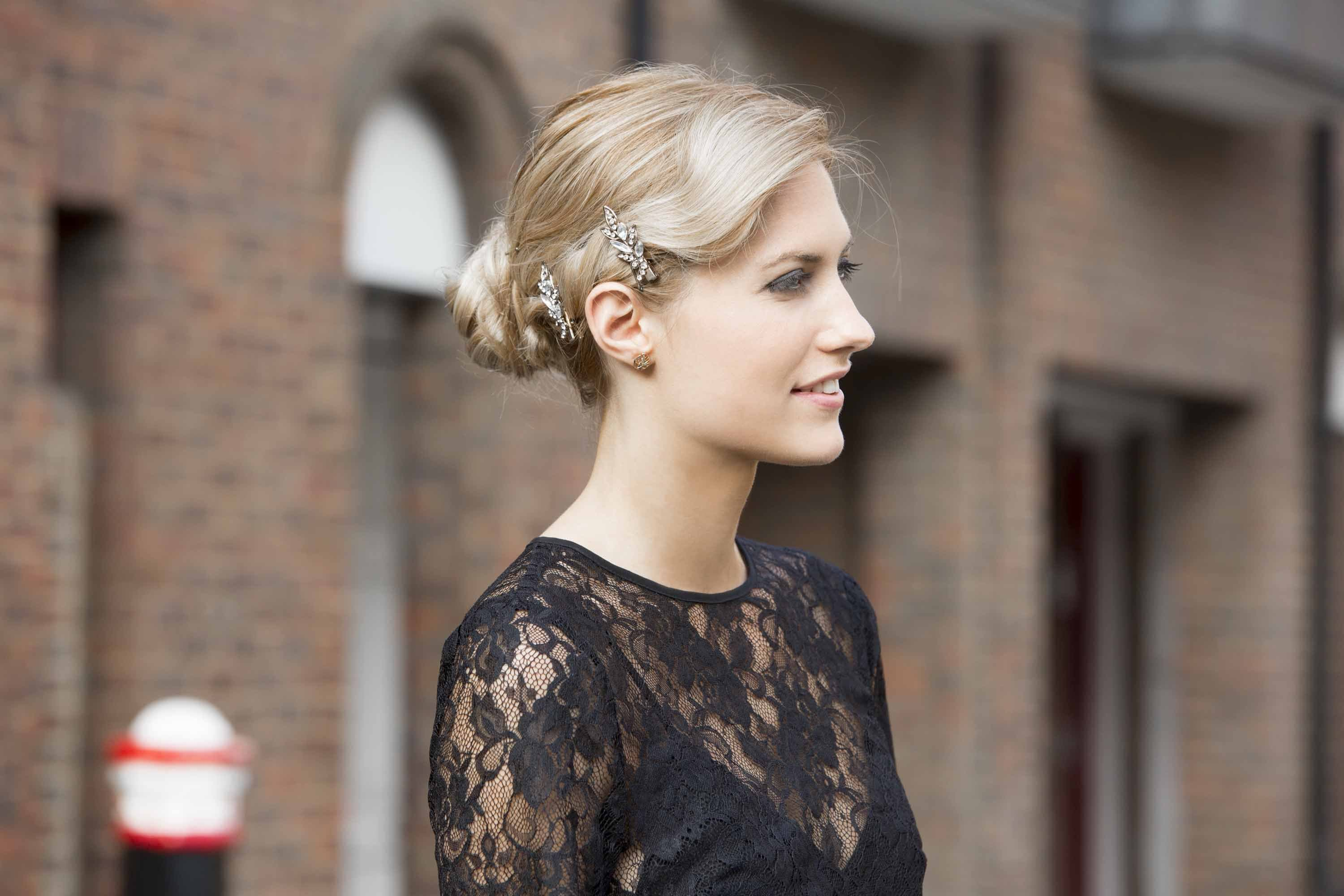 Hair Styles Updo: Vintage Updo Hairstyle: How To Create This Chic Hairstyle