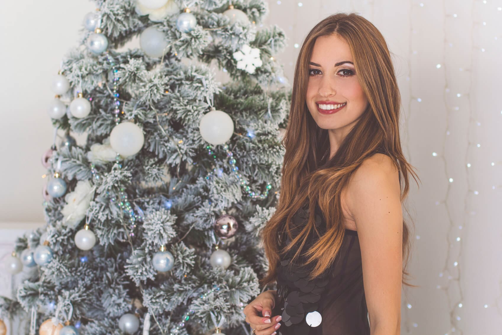 Holiday Hairstyles for Long Hair glam waves