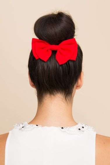 updo with bow main
